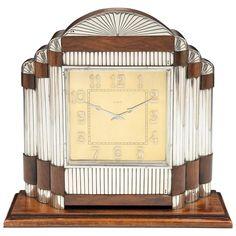 silva + martins art deco mantel clock in silver + rosewood Art Deco Decor, Art Deco Home, Art Deco Design, Art Deco Furniture, Urban Furniture, Steel Furniture, Distressed Furniture, Furniture Design, Primitive Furniture