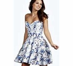 boohoo Bandeau Skater Dress - blue azz10255 Whether it's sugary show-stoppers or monochrome midis, we've got need-right-now night out dresses nailed. Bodycon dresses turn to tomboy textures with killer quilting, shift dresses get sporty with su http://www.comparestoreprices.co.uk/dresses/boohoo-bandeau-skater-dress--blue-azz10255.asp