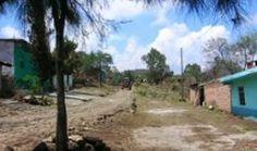 Ziquítaro. en Loa Guanumos y al fondo, hacia el potrero El Rodeo