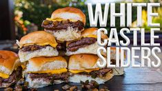 Today I'm showing you how to make the best White Castle cheeseburger sliders w/ this easy recipe! White Castle Sliders, White Castle Burgers, Cocovan Recipe, Argula Recipes, Taco Restaurant, Cheeseburger Sliders, Small Tomatoes, Kitchen Must Haves, Slider Recipes
