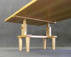 Pier Giacomo & Achille Castiglioni, writing desk '2630 Bramante', produced by Zanotta