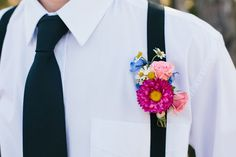 flowery boutonniere Photo by Marianne Wilson Photography #boutonniere #flowers