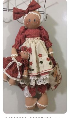 Love these dolls, no pattern