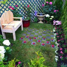 Ihr Garten sah langweilig aus und war schlecht gepflegt….aber dann baute sie das Folgende! Ihre Tochter war unglaublich überrascht! - DIY Bastelideen