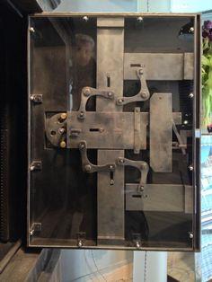 Antique safe - detail 2