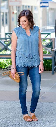 Casual Summer Skinny Jeans Outfit: Lucky Brand's iconic blue jeans with vintage washed eyelet top in partnership with @luckybrandjeans