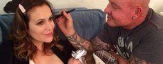 Alyssa Milano Geeft Haar Baby De Borst