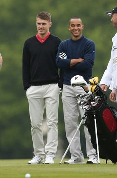 Aaron Ramsey & Theo Walcott of Arsenal FC playing one my other fav sports, Golf. I bet they've got nice putts! ;-)