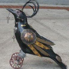 steam punk crow. He would fit right perfectly in my art studio!!!