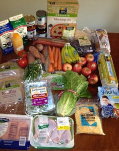 How to spend $100 on organic ingredients for one week's worth of meals at  Whole Foods Market.  You CAN eat organic on a budget, I do!