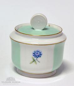 Sugar cup, Porsgrund Porselen, Design Nora Gulbrandsen, Production year 1927-1935, Modell: 2217 Machine Age, Vintage Pottery, Irene, China Cabinet, Blues, Art Deco, Museum, Sugar, Ceramics