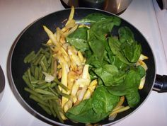 I love to cook this colorful skillet full of some of my favorite veggies, all of which are ideal for a meal... combining squash, green beans and spinach...