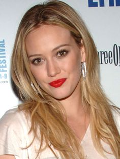 love this red lipstick look with simple eyes and tousled hair
