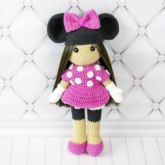 Amigurumi doll in Minnie Mouse costume - Free amigurumi pattern by Amigurumi Today
