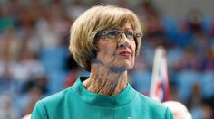 PsBattle: This old lady (Margaret Court)