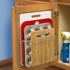 Spectrum Diversified Ashley Over the Cabinet Cutting Board and Bakeware Holder - 53677
