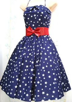 Star Spangle Blue Print Dress | the Vintage Fashion Collectionary