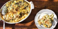 Macoroni en kaas, met champignons, prei en spinazie