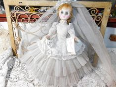 Madame Alexander Doll Elise with Blonde Hair Vintage Bride