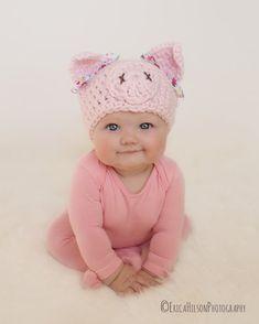 pig hat newborn hat newborn girl hat crochet by VioletandSassafras Newborn Halloween Costumes, Halloween Bebes, Pig Costumes, Costume Halloween, Crochet Pig, Baby Girl Crochet, Newborn Crochet, Crochet Baby Hats, Crochet Beanie