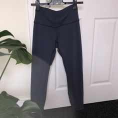 211daa9e3 Lululemon wunder under 7 8 leggings in a slate grey navy colour (more