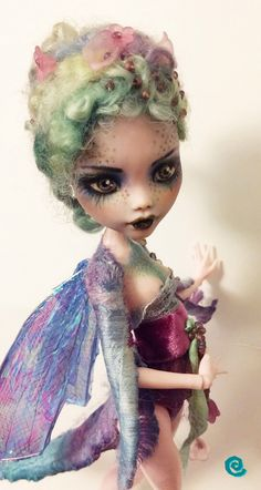 """""""The Dragonfly"""" Custom Monster High doll Draculaura Custom Monster High Dolls, Monster Dolls, Monster High Repaint, Custom Dolls, Ooak Dolls, Blythe Dolls, Bjd, Doll Painting, Polymer Clay Dolls"""