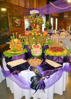 Fruit recipes and Drink Recipe recipes Fruit Buffet, Vegetable Decoration, Fruit Sculptures, French Toast Rolls, Fruit Recipes, Drink Recipes, Best Chef, Creative Food, Fruits And Vegetables