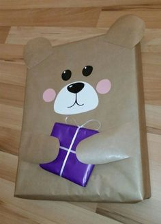 Gift Gift Present Bear Animal Kids Bear Kids Packaging .- Gift Gift Present Bear Animal Kids Bear Kids Packaging DIY - Creative Gift Wrapping, Present Wrapping, Creative Gifts, Cute Gift Wrapping Ideas, Gift Ideas, Presents For Kids, Gifts For Kids, Homemade Gifts, Diy Gifts