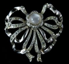 Beautiful Vintage Silver Toned Faux Pearl Rhinestone Bow Brooch Unsigned | eBay