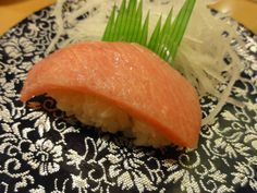 "Fat Tuna – Restaurant ""Rotation sushi Shiro Hei"