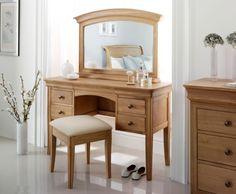 Nancy Oak Dressing Table