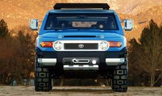 Japan Famous Vehicle Manufactured Confirm for 2018 FJ Cruiser Sport going to market. 2018 Toyota FJ Cruiser Sport Suv is a kind of SUV that has Car Images, Car Photos, Car Pictures, Toyota Fj Cruiser 2007, Chrysler Airflow, Sport Suv, Jeep Patriot, Best Classic Cars, Cruiser Motorcycle