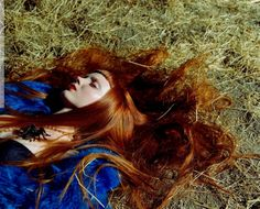 #lilycole #vogue #italia #november #2003 #mother #nature #photoshoot #stevenmeisel #red #hair