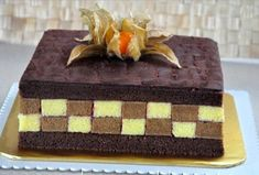 8b020b24aa3b1cae1d67934ae3987d17--kue-lapis-surabaya Layer Cake Recipes, Cookie Recipes, Dessert Recipes, Layer Cakes, Japanese Cheesecake Recipes, Resep Cake, Ice Cream Cookies, Classic Cake, Chocolate Ice Cream