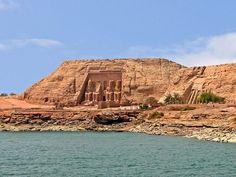 Egypt campaigns to rebuild tourism | TravelGumbo