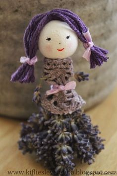lavender ladies…how cute – BuzzTMZ Lavender Crafts, Dried Lavender Flowers, Lavender Bags, Lavender Cottage, Lavender Garden, Diy And Crafts, Crafts For Kids, Arts And Crafts, Tilda Toy