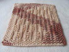 Roxee's knitting fun: Twisted Columns Pattern