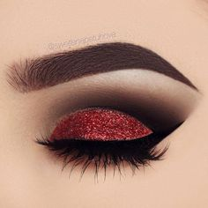 """""""All i want for Christmas is ....makeup this perfect."""" @swetlanapetuhova is definitely on the nice list with this red glitter look & our #NoirFairyLashes! ❤️ Repost: Brows: @anastasiabeverlyhills dipbrow """"dark brown"""" Eyeshadow: @anastasiabeverlyhills shadow couture palette """"fudge"""" and """"noir"""" Liner: @tartecosmetics tarteist liner Glitter: @_glittereyes_ Lashes: @houseoflashes noir fairy blk #houseoflashes #lashes #lashgamestrong #lashfocus #motd #makeuplooks"""