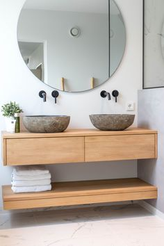 Bathroom Design Inspiration, Bad Inspiration, Home Decor Inspiration, Bathroom Design Luxury, Home Interior Design, Small Cottage Interiors, Küchen Design, House Design, Living Room Tv Unit Designs