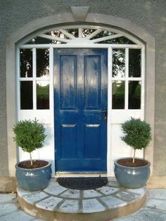 Popular Paint colours for your front door for 2012.