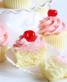 Cupcake Flavors, Cupcake Recipes, Cookie Recipes, Dessert Recipes, Icing Recipes, Baking Desserts, Baking Cupcakes, Cupcake Cookies, Heart Cupcakes