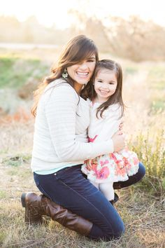 Fun mother and daughter photography in southern california by Whimsie Photographie, gorgeous spring color outfits for family photos