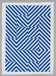 Love the optical play on this tea towel. | via designspiration #MyMoteef #blue #stripes