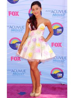 Ariana totally rocked the TCA carpet in this Kenley Collins frock!