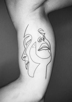 Iranian-born Berliner Mo Ganji once made close to a six-figure salary working in retail management for a global clothing chain. He left it all to draw lines on skin. Or more precisely, one line. A Mo Ganji tattoo can be simple or complex,. One Line Tattoo, Single Line Tattoo, Line Art Tattoos, Body Art Tattoos, Abstract Tattoos, Abstract Tattoo Designs, Shape Tattoo, Tatoos, Xoil Tattoos