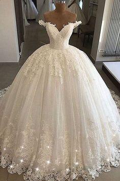 Wedding Dress Backs, Wedding Dresses 2018, Wedding Dress Trends, Princess Wedding Dresses, Wedding Ideas, Trendy Wedding, Wedding Dresses With Bling, Wedding Gown Off Shoulder, Wedding Dressses