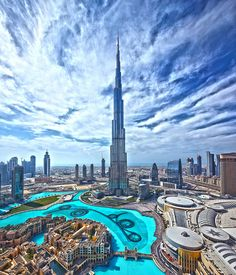 Burj Khalifa at Day by spiraldelight, via Flickr