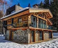 Black Pearl Chalet is surrounded by breathtaking mountains and nestled in the village of Chamonix Mont-Blanc, France. This luxury Chalet… Tiny House Cabin, Log Cabin Homes, Cozy House, Chalet Design, House Design, Rustic Houses Exterior, Cabins And Cottages, House In The Woods, Building A House