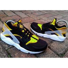 68484a6eecdcb Nike Air Huarache Black Yellow Sneaker Sale UK Nike Roshe