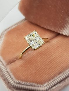 Morganite Engagement Ring Set Rose and White Gold Morganite Rings Floral Engagement Ring with Matching Diamond Band - Fine Jewelry Ideas Morganite Engagement, Halo Diamond Engagement Ring, Solitaire Diamond, Solitaire Ring Settings, Gold Diamond Wedding Band, Gold Bands, Double Band Wedding Ring, Wedding Bands, Beautiful Engagement Rings